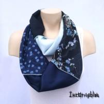 Fleurs Bleues. Québecoiseries.logo