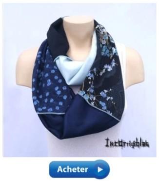 foulard infini fleurs bleus